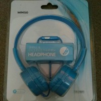 Headphone Miniso minimalis baby blue