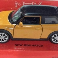 Miniatur Mobil New Mini Hatch Coklat - Welly Skala 1:32