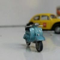 miniatur motor vespa classic skala HO 1/87 mang irin