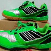 Sepatu Badminton SPECS TITANS