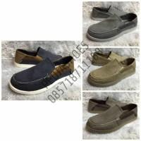 Jual  Sepatu Casual Pria Crocs Santa Cruz Luxe Leather GROSIR dan  T1310 Murah
