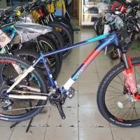 Sepeda 27 5 MTB POLYGON XTRADA 5 NEW COLOR Rem Hydraulic Operan 9sp