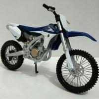 Jual Miniatur Motor Trail Yamaha YZ450F - Maisto 1:12 Murah