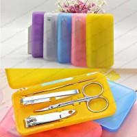 Jual Ear pick Nail Manicure Set Tools Clipper Kit Nail Care Gtg Kuku 4pcs Murah