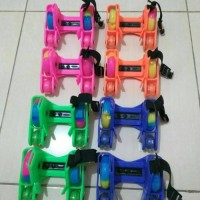 Jual Flashing Roller 4 Roda / Sepatu Anak / Lampu Menyala / Skate Wheels Murah