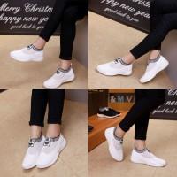 A D I D A S Sovks Shoes. Series A05