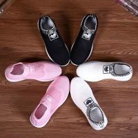 Sepatu A D I D A S Sovks Shoes. Series A05.