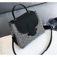 tas selempang sketch hitam black n white anyam wanita fashionista blog