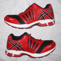 sepatu running/olahraga/joging/jogging professional ,merah