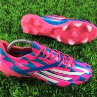 Sepatu Bola Adidas Terbaru AdiZERO F50 CrazyLight FG - Blue Pink