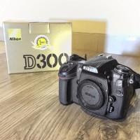 Kamera DSLR Nikon D300 Body Only Second Murah