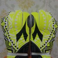 Sarung Tangan Kiper Futsal/Sepakbola Merk Diadora Hijau (Original)