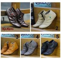 PROMO sepatu promo kickers slop hitam/keren murah lucu model terbaru