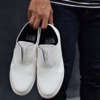 Sepatu Slipon Casual SO-01 Full White - NAH Project