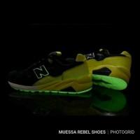 ORIGINAL! Sepatu New Balance MRT580 UG Solarized