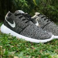 harga Sepatu Casual Running Nike Roshe Run Bludru Abu Putih Man Cowok Pria Tokopedia.com