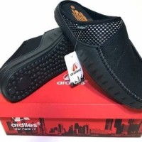 harga Wcn9 Sepatu Pria Slip On Sepatu Slop Santai Sandal Crocs Ardiles Gart Tokopedia.com