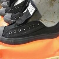 harga Jual Sepatu Converse Full Black Big Size 44.45 Panjang Kaki 30cm - Tokopedia.com