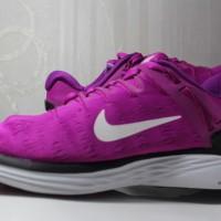 Sepatu Nike LunarEclipse 5 Fuchsia Glow Pure Platinum 4 Limited