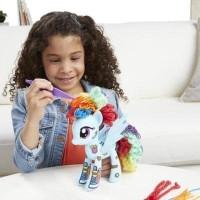 Hasbro My Little Pony Design a Pony Rainbow Dash 7 Inch Figure Kit