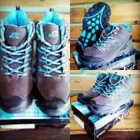 Sepatu gunung hiking outdoor SNTA 605 bukan eiger rei karrimor
