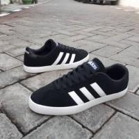 Sepatu Adidas Neo VL Court Black White Original