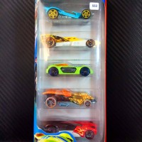 552 Hot Wheels Double Jump Duel 5-Pack