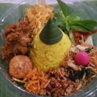 Nasi Kuning Tumpeng Mini Ultah