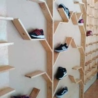 Rak Sepatu Pohon Unik untuk Rumah Etalase Sepatu