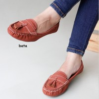 Sepatu Wanita Pita Full Sol Karet Sepatu Flat Shoes Gratica IS09 Bata