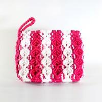 Dompet Rajut Tali Kur (Macrame) Peace Putih-Pink