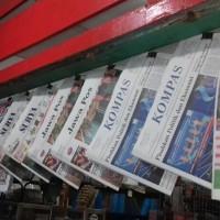 Koran Harian Jawa Pos. Surya. Kompas dll