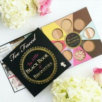 PALET TOO FACED THE LITTLE BLACK BOOK AND BRONZER WARDROBE PALETTE