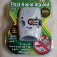 Riddex Quad Pest Repelling Aid ( Ultrasonic Anti Tikus/Nyamuk/Kecoa )