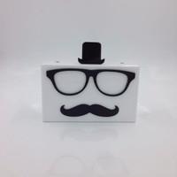 Nila Anthony - Mr. Glasses