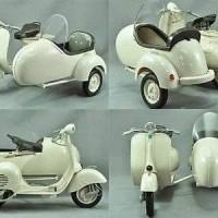 harga Miniatur Motor Vespa 150 Vl 1t Sespan - Diecast Vespa Sidecar Asli Ori Tokopedia.com