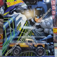 Hot Wheels DC Comics Batman 1980 Dodge Macho Power Wagon