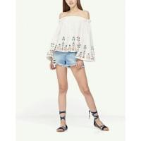 Baju Korea Sabrina Low Flower Putih