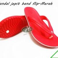sepatu Pria sandal crocs band flip , sandal jepit crocs