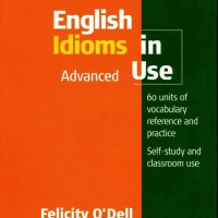 Buku Cambridge English Idiom in Use Advance