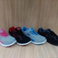 sepatu olahraga wanita lokal merk NEW ERA