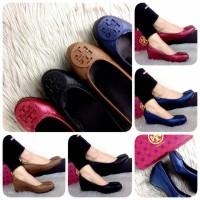 TORY BURCH Beatrice  Leather Wedges|sepatu import|sepatu brande wanita