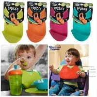 tommee tippee roll and go bib