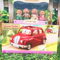 Sylvanian Families - Paket Family Saloon Car & Toy Poodle Family