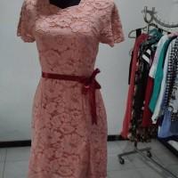 Persewaan Sewa Dress Brukat Pink Brokat-Sewa Pakaian Jogja