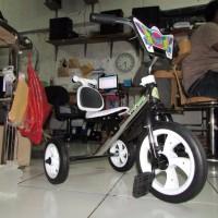TERMURAH Sepeda bmx roda tiga anak Tricycle sandaran yoe yoe