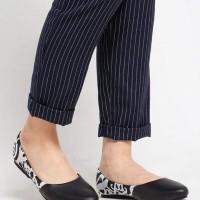 Sepatu wanita / flat shoes etnik, batik, tenun - Dayak Hitam