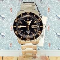 Seiko 5 Sports SNZH57K1 Gold TOne Marker on Black | Jam Pria SNZH57