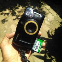 Kamera Analog Film Jadul Canon Prima BF Twin dan Roll Film Superia 800