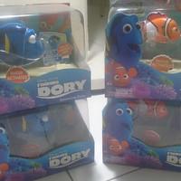 Robo Fish Finding Dory by Zuru